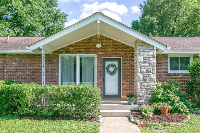 1935 Berrys Chapel Ct, Franklin, TN 37069 (MLS #RTC2058709) :: Nashville on the Move