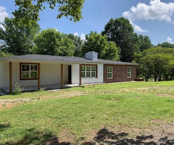 1001 Shelton Rd, Charlotte, TN 37036 (MLS #RTC2058947) :: Clarksville Real Estate Inc
