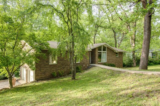 5814 Vine Ridge Dr, Nashville, TN 37205 (MLS #RTC2059956) :: Village Real Estate