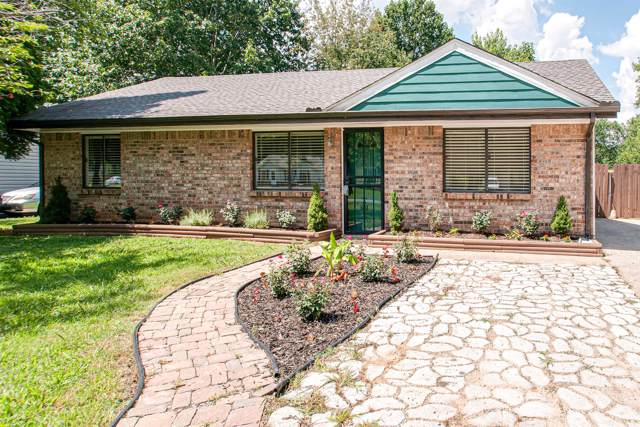 102 E St, Clarksville, TN 37042 (MLS #RTC2060348) :: RE/MAX Homes And Estates