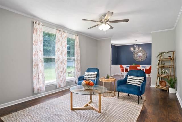 2228 Robin Dr, Clarksville, TN 37042 (MLS #RTC2062569) :: RE/MAX Choice Properties