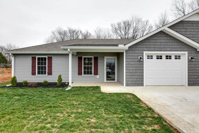 92 College Street, Centerville, TN 37033 (MLS #RTC2063796) :: CityLiving Group
