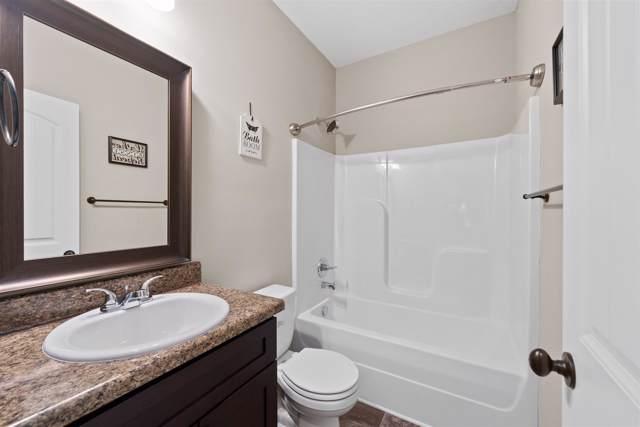 913 Tanager Ct, Clarksville, TN 37040 (MLS #RTC2063991) :: Village Real Estate