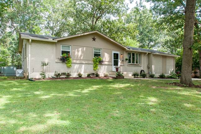 1009 Copper Still Circle, Kingston Springs, TN 37082 (MLS #RTC2064578) :: Village Real Estate
