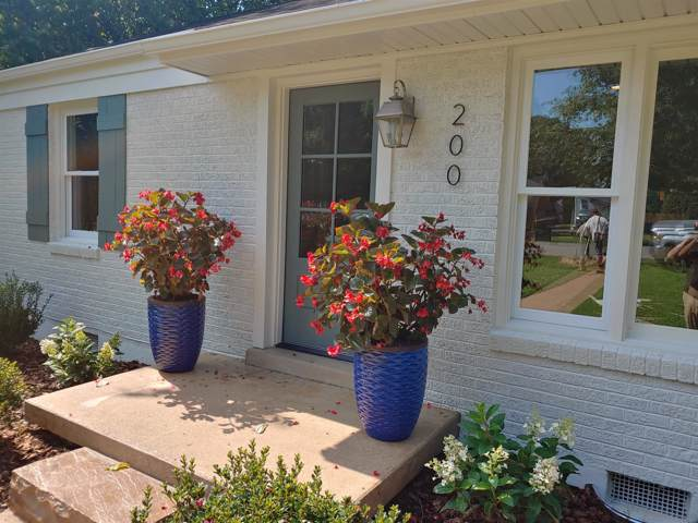 200 James Ave, Franklin, TN 37064 (MLS #RTC2069273) :: Berkshire Hathaway HomeServices Woodmont Realty