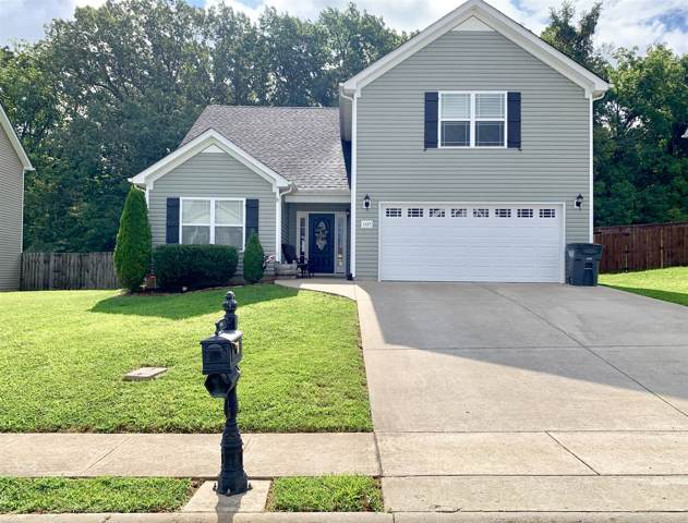 1137 Meachem Dr, Clarksville, TN 37042 (MLS #RTC2070482) :: The Milam Group at Fridrich & Clark Realty