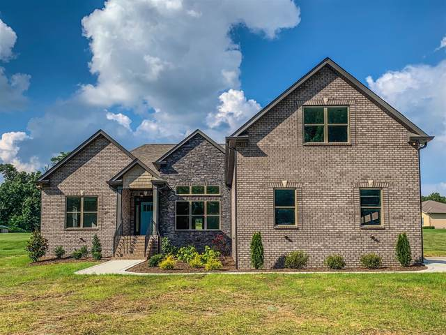 3561 Old Greenbrier Pike, Springfield, TN 37172 (MLS #RTC2071335) :: Ashley Claire Real Estate - Benchmark Realty