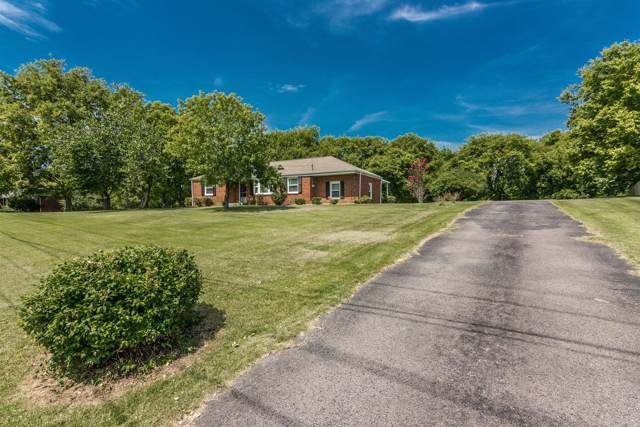 413 Alta Loma Rd, Goodlettsville, TN 37072 (MLS #RTC2071483) :: FYKES Realty Group
