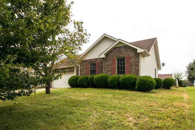 3244 N Senseney Cir, Clarksville, TN 37042 (MLS #RTC2071869) :: The Group Campbell powered by Five Doors Network