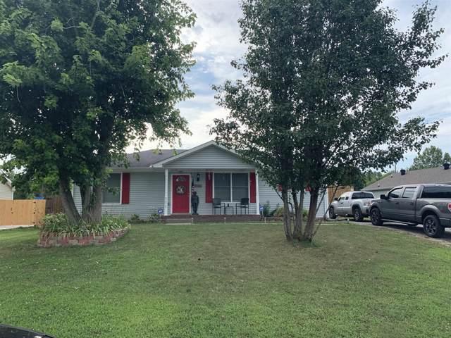 558 Anita Dr, Clarksville, TN 37042 (MLS #RTC2072483) :: DeSelms Real Estate