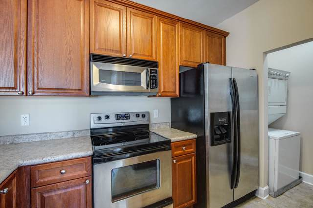 7009 Lenox Village Dr Apt E-208, Nashville, TN 37211 (MLS #RTC2072719) :: FYKES Realty Group