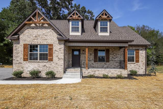 2239 Old Greenbrier Pike, Greenbrier, TN 37073 (MLS #RTC2075062) :: Village Real Estate