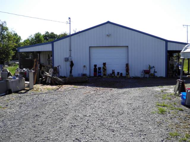 2521 Highway 79, Indian Mound, TN 37079 (MLS #RTC2076255) :: Nashville on the Move