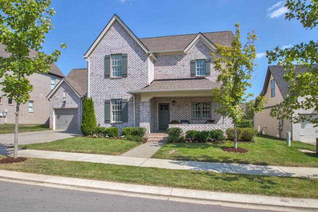 808 Fontwell Ln, Franklin, TN 37064 (MLS #RTC2078628) :: Village Real Estate