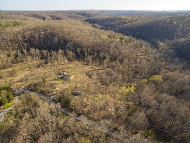 1070 Henley Rd, Ashland City, TN 37015 (MLS #RTC2080452) :: DeSelms Real Estate