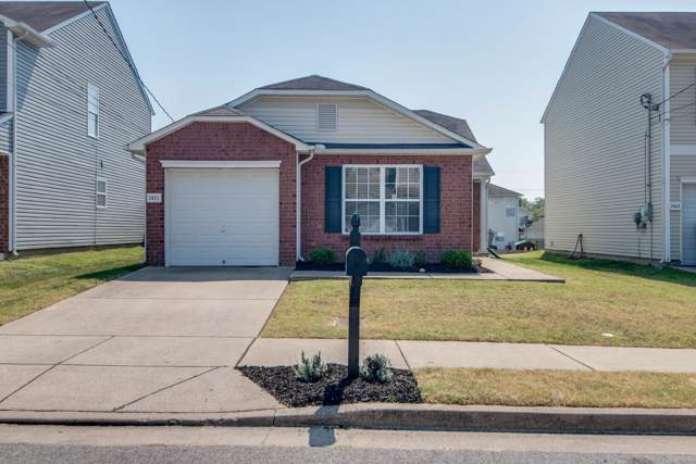 2821 Creekbend Dr, Nashville, TN 37207 (MLS #RTC2081055) :: FYKES Realty Group