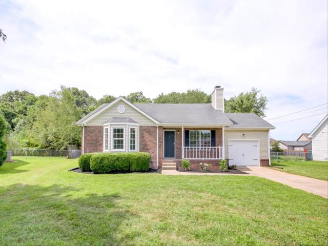 3404 Oak Lawn Dr, Clarksville, TN 37042 (MLS #RTC2081299) :: Village Real Estate