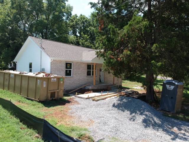 141 Woody Thomas Dr, La Vergne, TN 37086 (MLS #RTC2081510) :: CityLiving Group