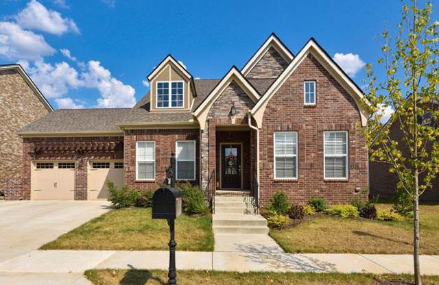 700 Beamon Dr, Franklin, TN 37064 (MLS #RTC2082317) :: Village Real Estate