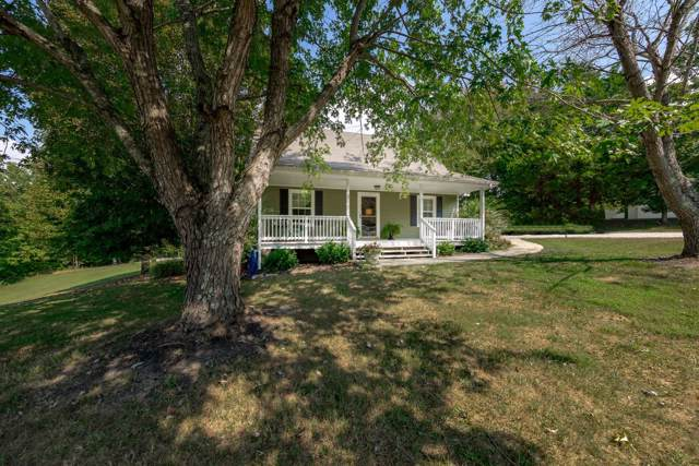 3075 N Hinton Rd, Clarksville, TN 37043 (MLS #RTC2082553) :: CityLiving Group
