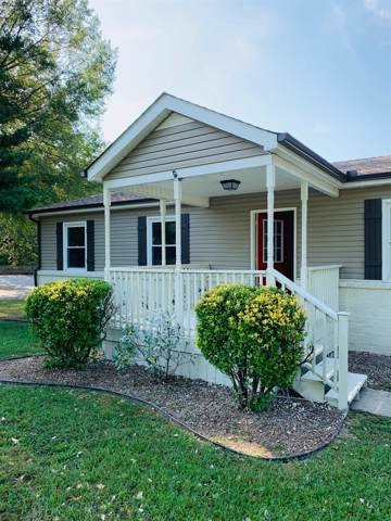 208 Morris Dr, Greenbrier, TN 37073 (MLS #RTC2083375) :: FYKES Realty Group
