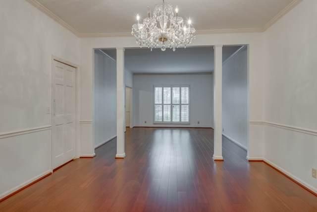 4400 Belmont Park Ter #239, Nashville, TN 37215 (MLS #RTC2084182) :: Village Real Estate