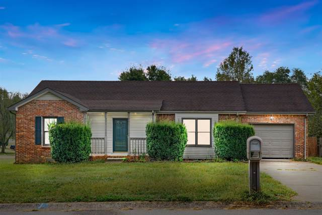 1348 Jenny Ln, Clarksville, TN 37042 (MLS #RTC2086357) :: Village Real Estate