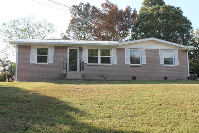 83 Hilltop Dr, Mc Ewen, TN 37101 (MLS #RTC2086683) :: Village Real Estate