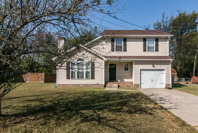 1040 Roedeer Dr, Clarksville, TN 37042 (MLS #RTC2086981) :: Village Real Estate