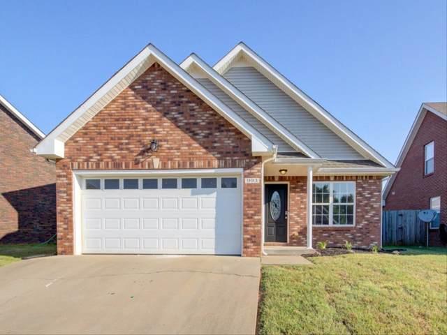 993 Culverson Ct, Clarksville, TN 37040 (MLS #RTC2087862) :: Village Real Estate