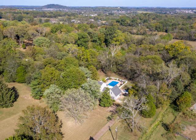 1610 Anderson Rd, Hendersonville, TN 37075 (MLS #RTC2090898) :: DeSelms Real Estate