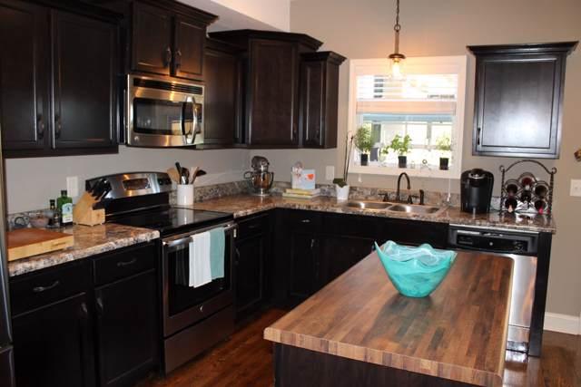 409 Kline Aly, Clarksville, TN 37040 (MLS #RTC2090966) :: Village Real Estate