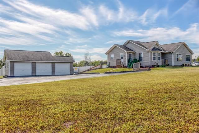 2512 Summer Oaks Cir, Summertown, TN 38483 (MLS #RTC2091060) :: DeSelms Real Estate