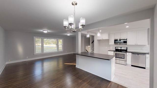 222 Donna Dr, Madison, TN 37115 (MLS #RTC2091473) :: Village Real Estate