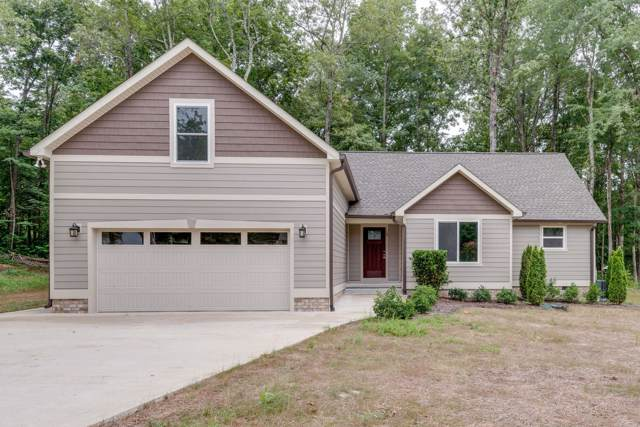 16 Hickory Ln, Dickson, TN 37055 (MLS #RTC2091625) :: HALO Realty