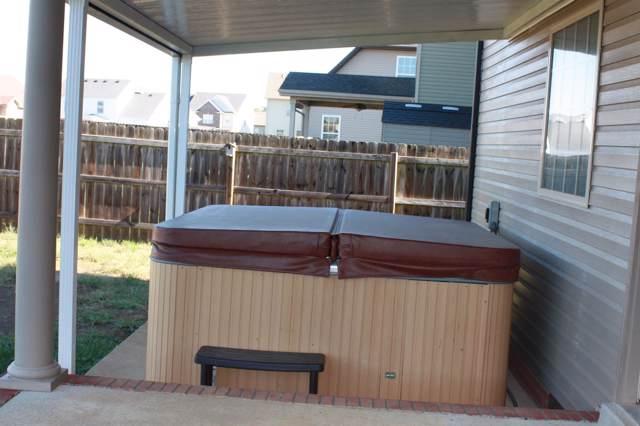 2418 Senseney Dr, Clarksville, TN 37042 (MLS #RTC2091651) :: Village Real Estate