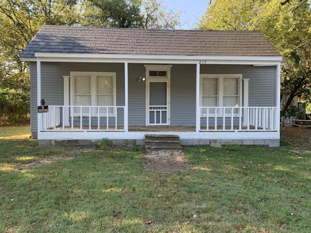 217 E Flower St, Pulaski, TN 38478 (MLS #RTC2091839) :: Ashley Claire Real Estate - Benchmark Realty