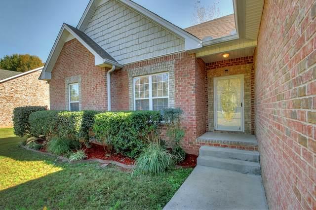 511 N Russell St, Portland, TN 37148 (MLS #RTC2092112) :: Village Real Estate