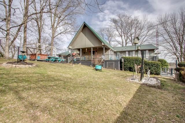 25 Hillview Ln N, Pleasant Shade, TN 37145 (MLS #RTC2093013) :: Village Real Estate