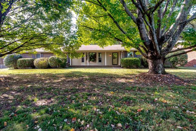 303 Hollywood Dr, Old Hickory, TN 37138 (MLS #RTC2093022) :: DeSelms Real Estate