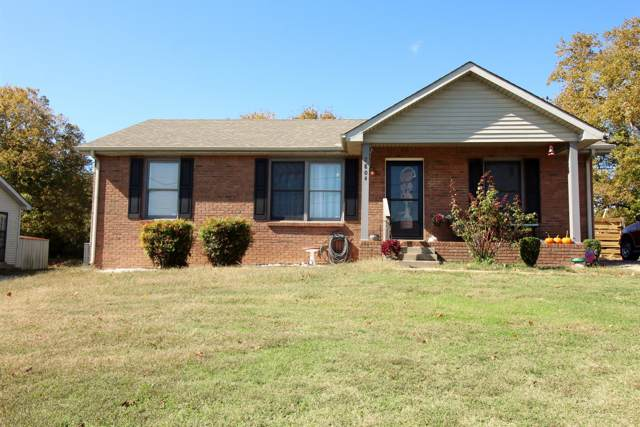 2804 Summertree Ln, Clarksville, TN 37040 (MLS #RTC2093334) :: Christian Black Team