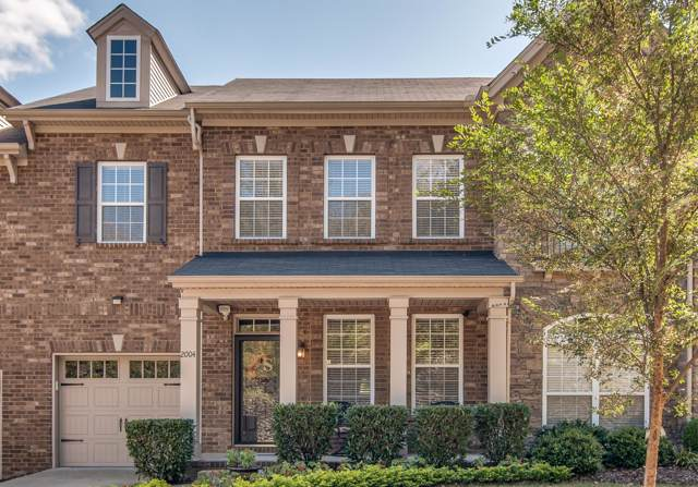 2004 Traemoor Village Dr, Nashville, TN 37209 (MLS #RTC2093625) :: The Helton Real Estate Group
