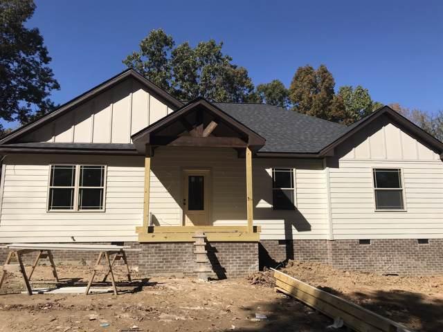 189 B Y Brown Rd, Charlotte, TN 37036 (MLS #RTC2094007) :: Village Real Estate