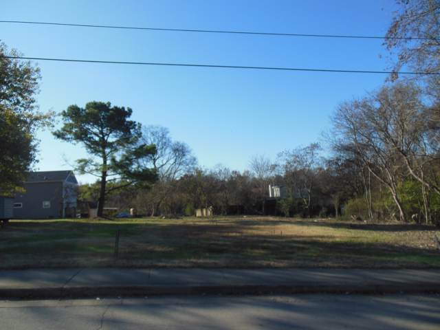 225 Center St, Old Hickory, TN 37138 (MLS #RTC2094643) :: The Group Campbell powered by Five Doors Network