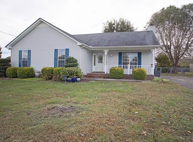 1011 Sunday Silence Dr, Greenbrier, TN 37073 (MLS #RTC2094804) :: RE/MAX Homes And Estates