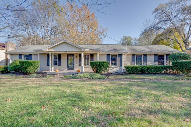 713 Harpeth Bend Dr, Nashville, TN 37221 (MLS #RTC2097150) :: The Kelton Group