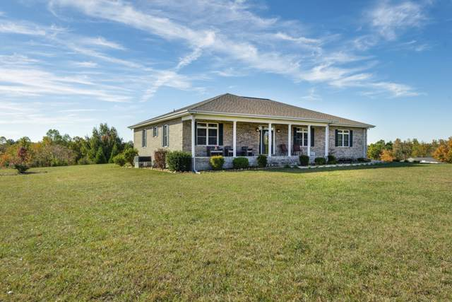 450 Low Gap Rd, Sparta, TN 38583 (MLS #RTC2099527) :: Village Real Estate