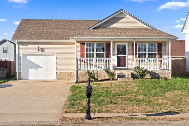 513 Fox Trot Dr, Clarksville, TN 37042 (MLS #RTC2099728) :: The Kelton Group