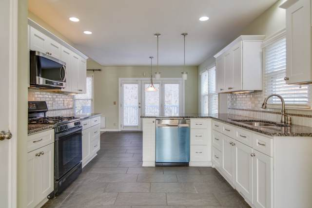 612 Riverbend Ct S, Nashville, TN 37221 (MLS #RTC2099872) :: The Helton Real Estate Group