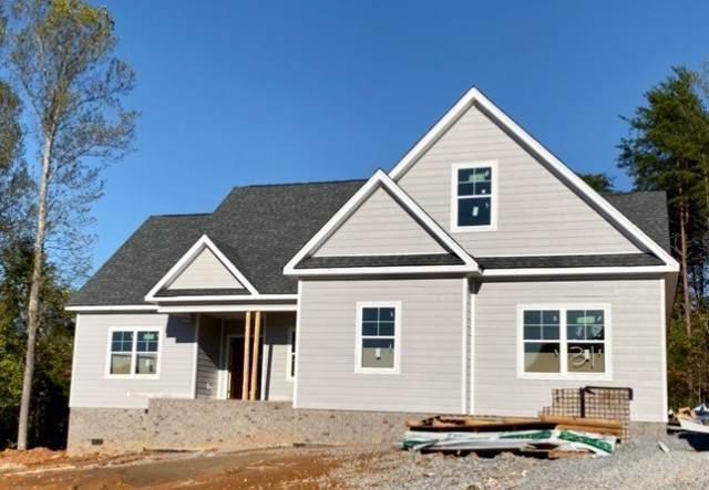 32 Hemlock Circle, Burns, TN 37029 (MLS #RTC2100039) :: RE/MAX Homes And Estates